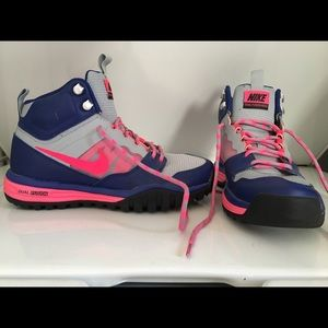 Nike Dual Fusion Hills - Royal Blue/Hot Pink (6.5)